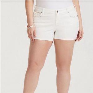 Torrid 18 NWT Shorts White Denim Lace Up Pockets